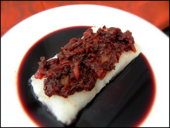 roasted cod with red wine balsamic tomato jam