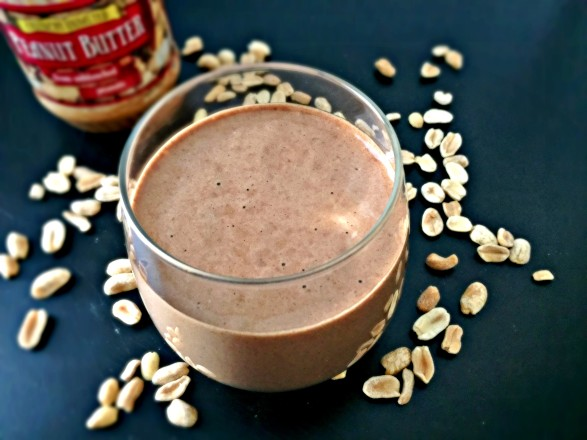 Dark Chocolate Peanut Butter Smoothie